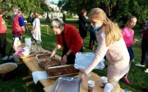 Obuolių skonio rudens šventė Bagaslaviškio miestelyje