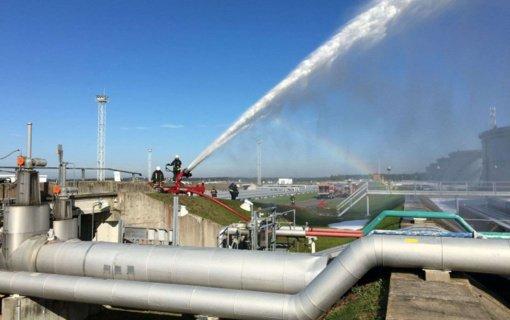Būtingėje surengti priešgaisrinių gelbėjimo pajėgų praktiniai užsiėmimai