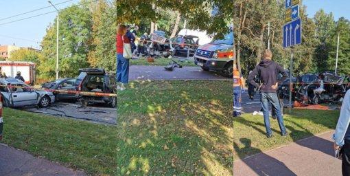 Vilniuje susidūrus penkiems automobiliams du žmonės žuvo, dar keturi buvo sužeisti