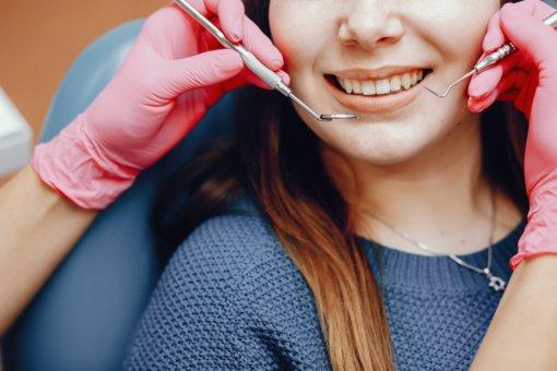 Odontologijos klinika Vilniuje – pamirškite dantų skausmą
