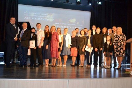 Apdovanoti muzikos konkursuose ir sporto varžybose aukštus pasiekimus pelnę Vilniaus rajono jaunieji talentai