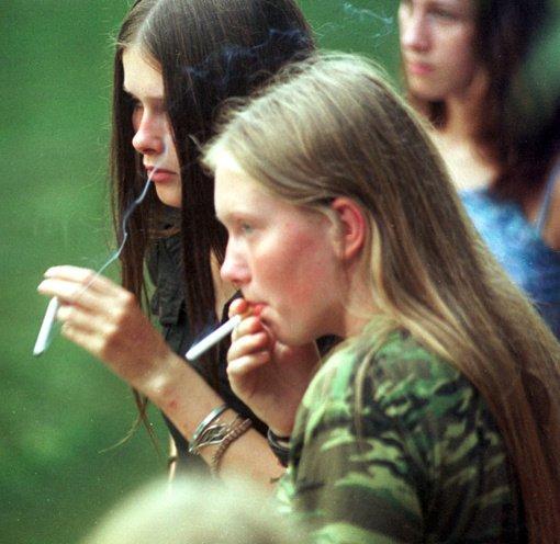 Kovai su cigarečių rūkymu siūlo įvesti skirtingus mokesčius produktams