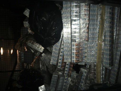 Iš Baltarusijos atvykusiame vagone vėl rasta kontrabandinių cigarečių