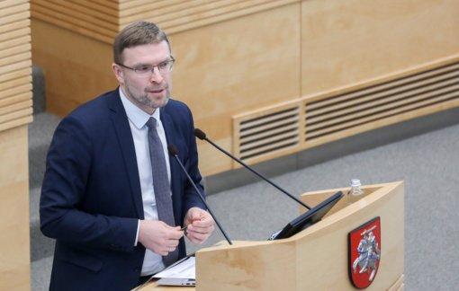 Ministras L. Kukuraitis – socialiniams darbuotojams: esate arčiausiai pažeidžiamų grupių