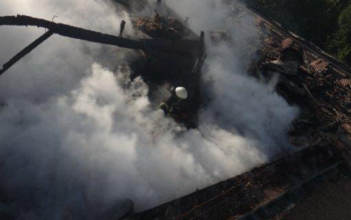 Panevėžyje degė ūkinis pastatas