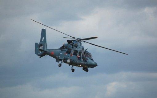 """Karinis sraigtasparnis į ligoninę skraidino laivo """"Gemini Sun"""" įgulos narį"""
