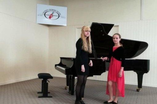 Panevėžio rajono muzikos mokyklos jaunosios pianistės – šalies konkurso diplomantės