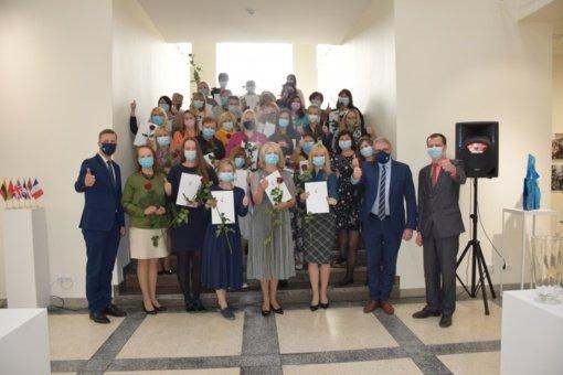 Įteiktos padėkos Panevėžio miesto savivaldybės visuomenės sveikatos biuro darbuotojams