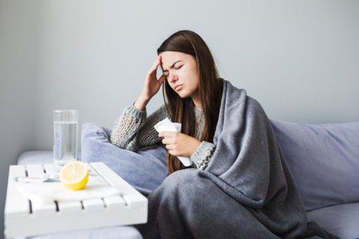 Artėjant peršalimo sezonui: kaip sumažinti karščiavimą be vaistų?