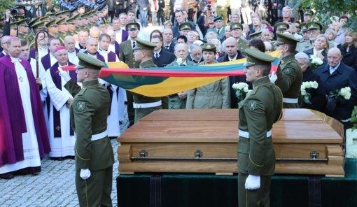 Antakalnio kapinėse kitą savaitę bus atidengtas paminklas A. Ramanauskui–Vanagui