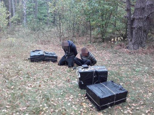 Varėnos rajono gyventojas vėl įkliuvo su kontrabandiniais rūkalais