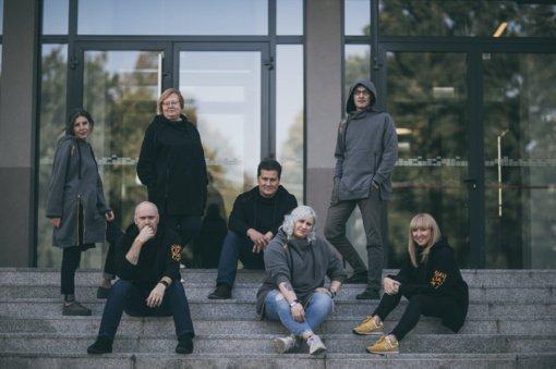 """Šiaulių kultūros centras pristato išskirtinio dizaino džemperius """"Šiauliai"""""""