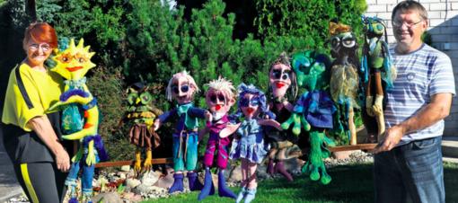 Namai, kuriuose gimsta lėlės, žaismingi ir įstabūs personažai