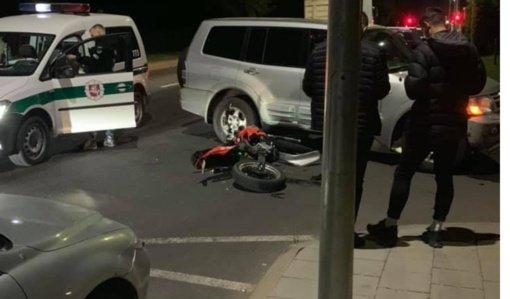 Panevėžyje susidūrė automobilis ir mopedas