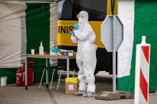 Koronavirusas Lietuvoje: pusė atvejų siejama su protrūkiais
