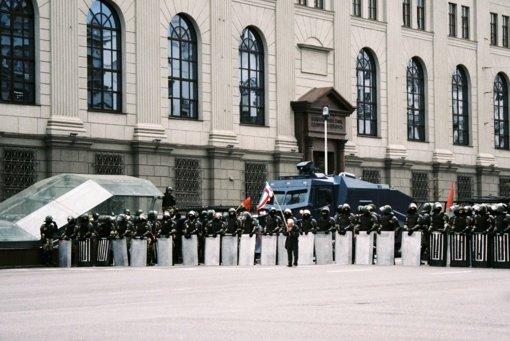 Teisių gynėjai praneša apie beveik 600 sulaikytųjų per protestus Baltarusijoje