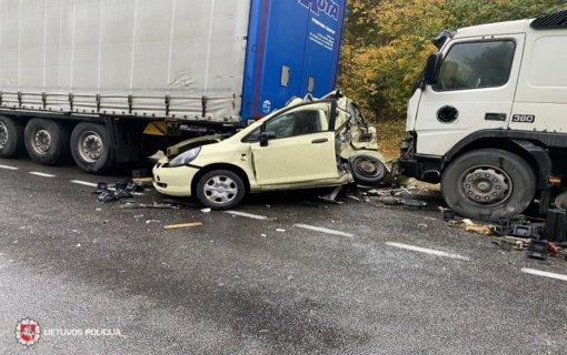 Anykščių rajone avarijoje nukentėjo moteris