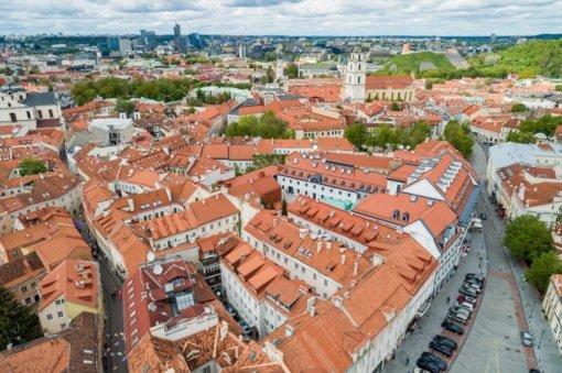 Vilnius kino ekrane vaidina Stokholmą, Odminių skvere filmuojama svarbi Netflix serialo scena