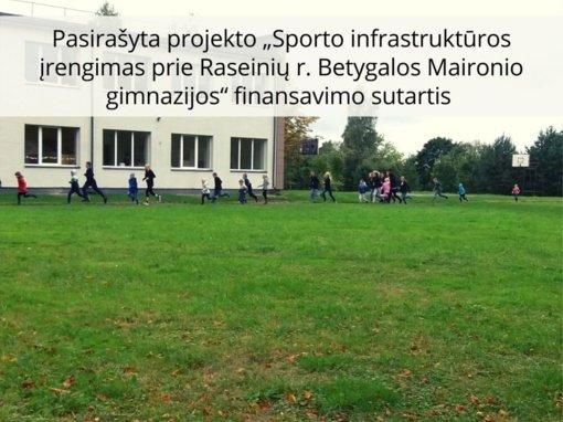 Bus atnaujintas Betygalos Maironio gimnazijos stadionas