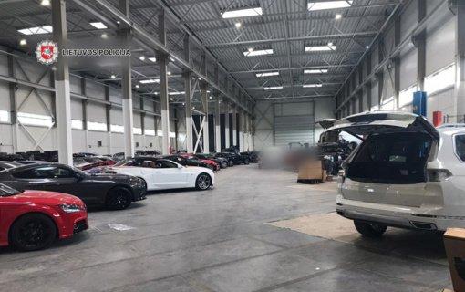 Juodoji automobilių prekyba: sulaikyta 16 įtariamųjų ir nuslėpti milijonai