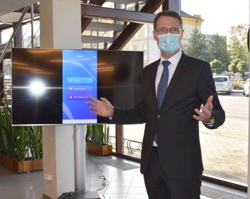 Teisingumo ministras Varėnoje pristatė teisinių žinių konkursą