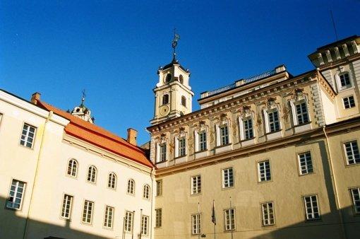 Koronavirusas plinta Vilniaus universitete: iš viso užsikrėtė 5 su universitetu susiję asmenys
