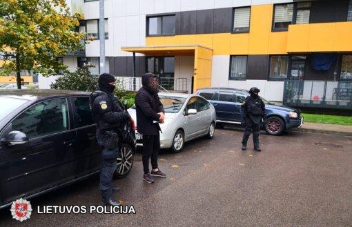 Dviejų grupuočių konfliktas baigėsi areštinėje (vaizdo įrašas)