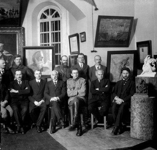 Lietuvos valstybės archyvai švenčia 99-ąjį gimtadienį