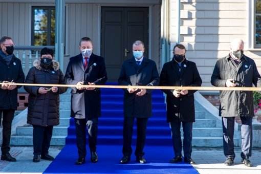 Triumfo akimirka Palangoje – visuomenei duris atvėrė restauruota medinė Kurhauzo dalis