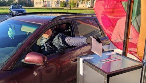 Šiauliuose atidaryta speciali išankstinio balsavimo vieta saviizoliacijoje esantiems rinkėjams
