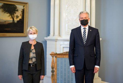 G. Nausėda su Šveicarijos parlamento vadove aptarė padėtį Baltarusijoje, bendradarbiavimą