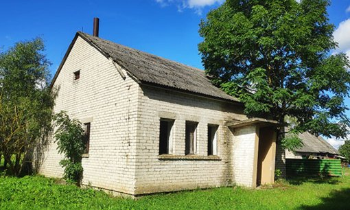 Planuojama parduoti bešeimininkiu turtu pripažintą pastatą Miežaičių kaime