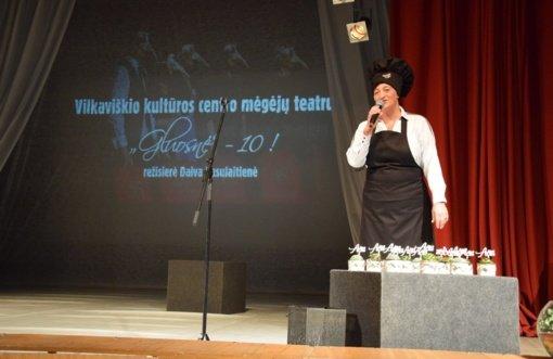 """Vilkaviškio kultūros centro mėgėjų teatrui """"Gluosnė"""" – 10 metų"""