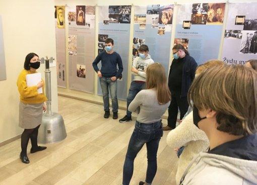 Paluknio moksleiviai Vilniaus Gaono muziejuje pažino žydų istorijos puslapius