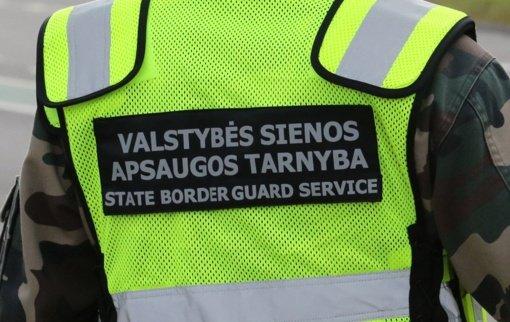 Pasieniečiai sulaikė girtą saviizoliacijos tvarką pažeidusį vairuotoją