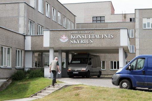 KJL Palangos departamente stabdoma dalis paslaugų