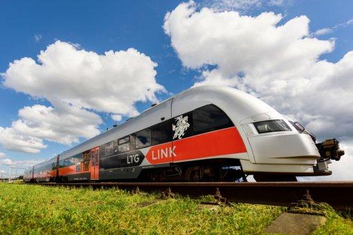 Traukiniuose dėl koronaviruso įvedami nauji pakeitimai