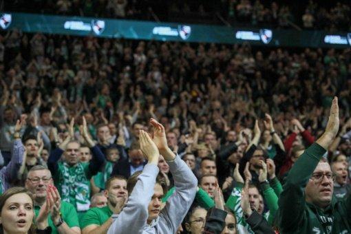 Futbolo ir krepšinio federacijų vadovai sako suprantantys būsimus ribojimus dėl žiūrovų