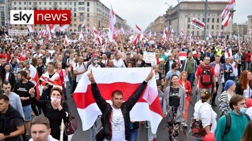 """""""Viasna"""": Baltarusijoje per pirmadienio protestus sulaikyti 235 žmonės"""