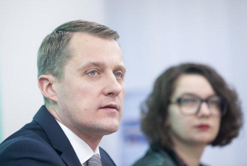 Ž. Vaičiūnas: Vyriausybės ribojimai dėl COVID-19 efektą duos po dviejų savaičių