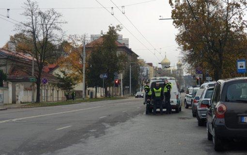 Antrojo Seimo rinkimų turo metu sulaikyti 3 neblaivūs ir 4 be vairuotojo pažymėjimo vairuotojai