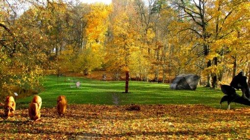 """Panemunės pilyje pristatoma skulptūrų paroda """"Būvis"""""""