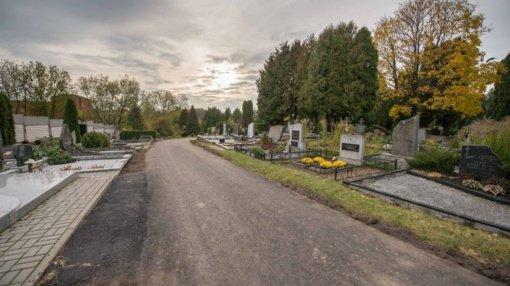 Per Vėlines artimųjų kapus lankantiems kauniečiams – raginimai elgtis atsakingai