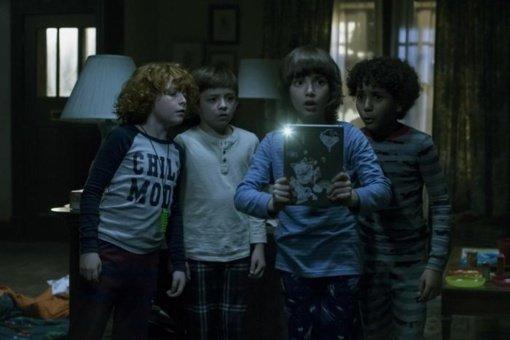 """Filmo apžvalga: """"Ateik pažaisti"""" (2020)"""