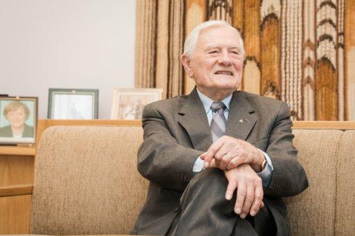 V. Adamkus mini 94-ąjį gimtadienį