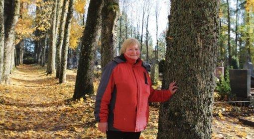 Daujėnų kapinės susilieja su gamta