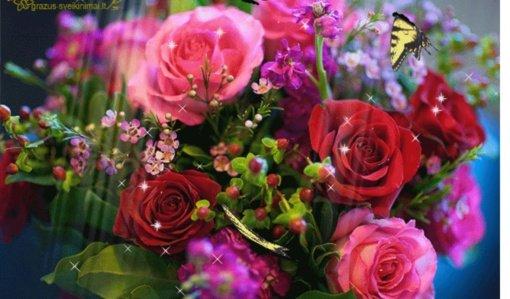 Kaip gražiai pasveikinti artimuosius – gražūs originalūs sveikinimai