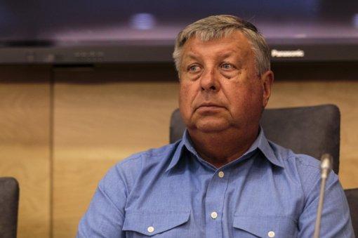Seimo vicepirmininkas J. Liesys palieka Liberalų frakciją ir partiją