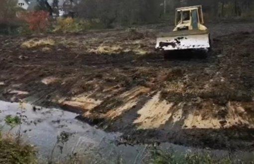 Aplinkosaugininkai pradėjo tyrimą dėl galimų pažeidimų prie Žalesos upės Vilniaus rajone