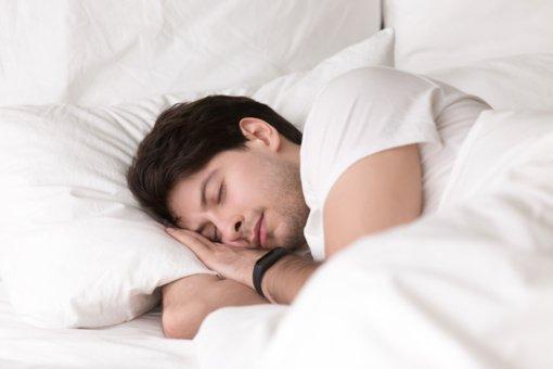 Į lovą reikia ne gulti, o nuvargus kristi